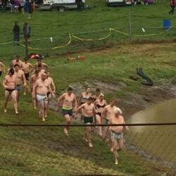 FUN AT THE NAKI JETSPRINTS - 'UNDIE 500'